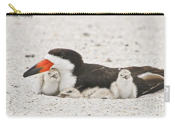 Skimmer Family Cuddle Carry-all Pouch