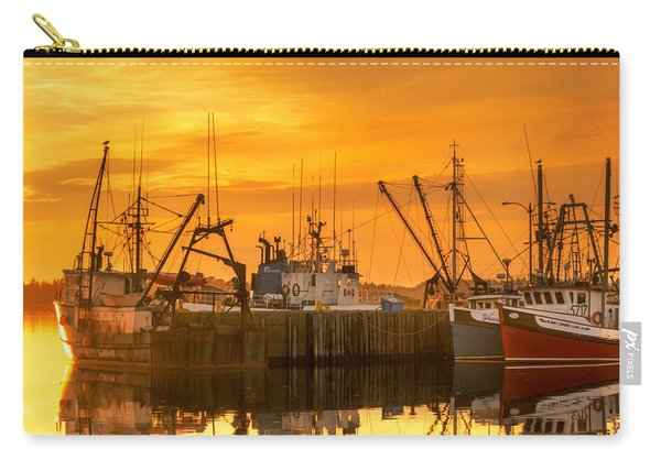 Carry-all Pouch featuring the photograph Summer Nights by Garvin Hunter