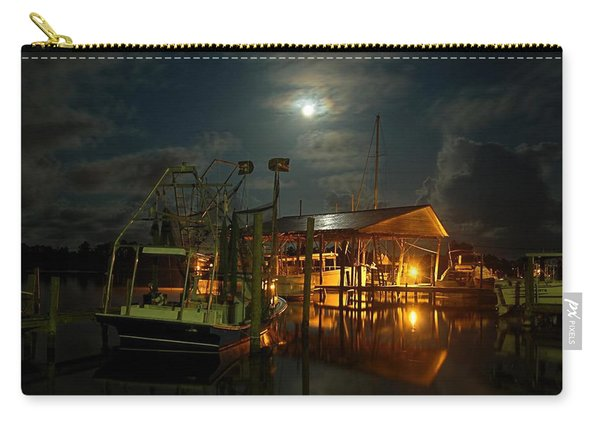 Super Moon At Nelsons Carry-all Pouch