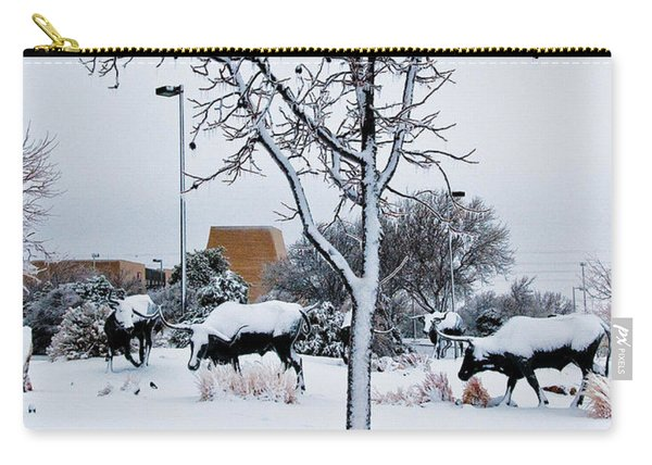 Carry-all Pouch featuring the photograph Heritage Grounds by Mae Wertz