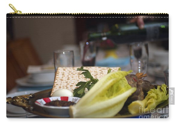 Traditional Sedder Table Carry-all Pouch