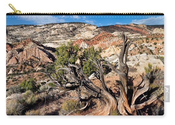Twisted Snag Carry-all Pouch