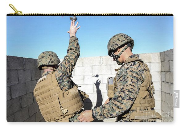 U.s. Marine Practices Throwing Carry-all Pouch