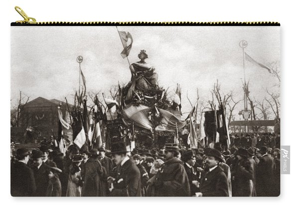 World War I Monument Carry-all Pouch