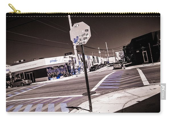 Wynwood Crossing Carry-all Pouch