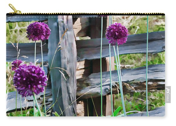 Yorktown Onions Carry-all Pouch