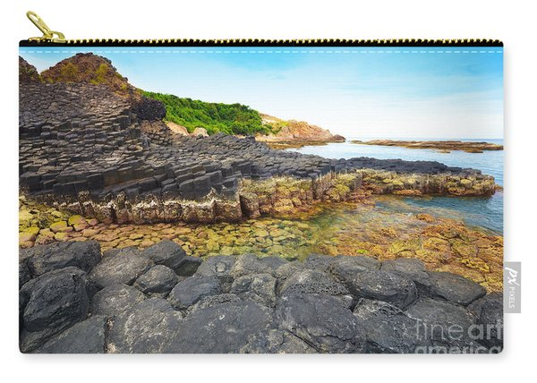 Giant's Causeway. Carry-all Pouch