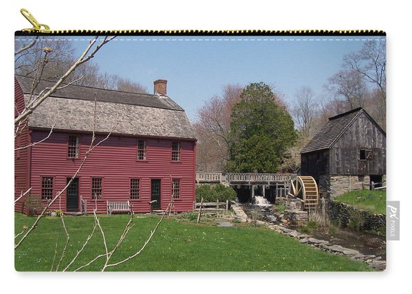 Carry-all Pouch featuring the photograph Gilbert Stewart Birth Place by Cynthia Amaral
