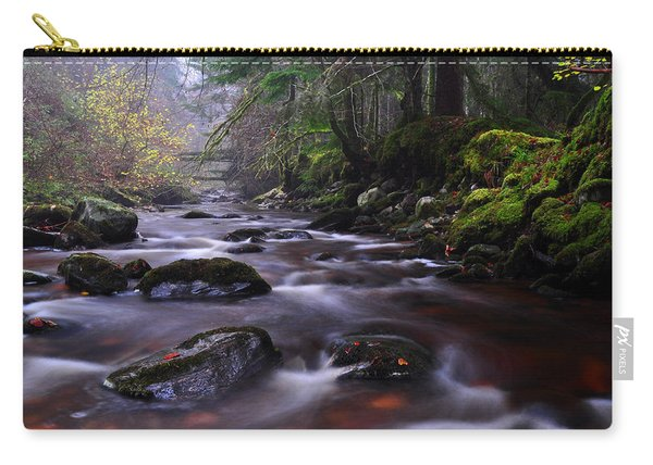 Reelig Glen Carry-all Pouch