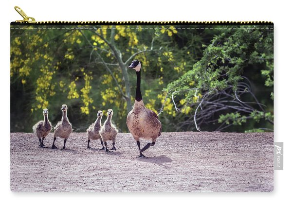 Canada Goose And Goslings 7581-042618-1 Carry-all Pouch