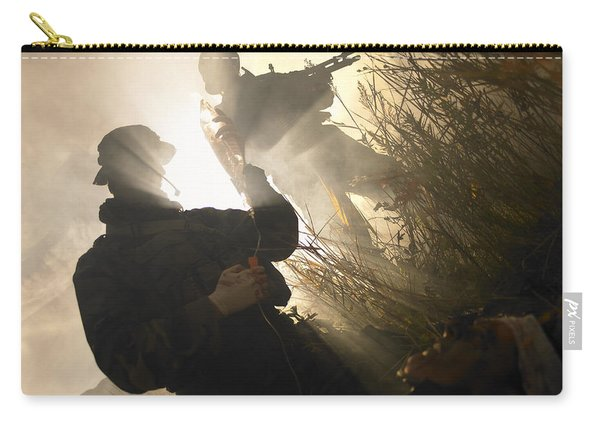 U.s. Navy Seals Give First Aid Carry-all Pouch