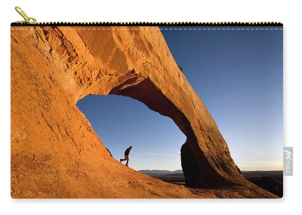 Wilson Arch Carry-all Pouch