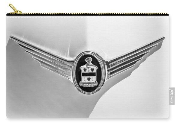 1937 Cord 812 Sc Phaeton Emblem -1200bw Carry-all Pouch