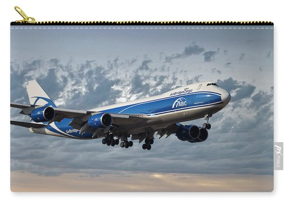 Air Bridge Cargo Airlines Boeing 747-8hv Carry-all Pouch