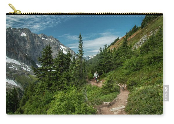 Approaching Sahale Arm Carry-all Pouch
