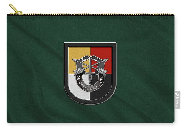 U. S.  Army 3rd Special Forces Group - 3  S F G  Beret Flash Over Green Beret Felt Carry-all Pouch