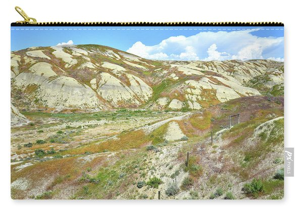 Badlands Of Wyoming Carry-all Pouch