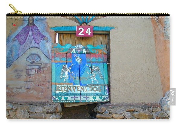 Carry-all Pouch featuring the photograph Bienvenidos 24 by Joseph R Luciano