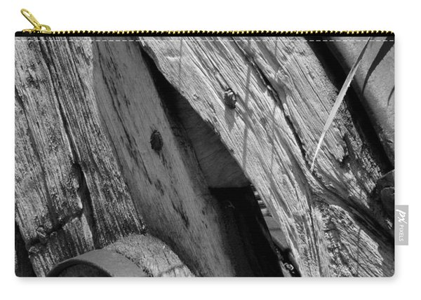 Black And White Wagon Wheel 1 Carry-all Pouch