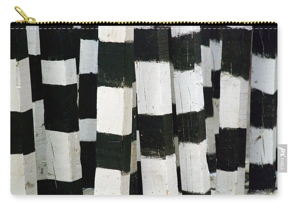 Blanco Y Negro Carry-all Pouch