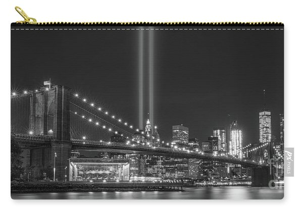 Brooklyn Bridge Tribute In Light Bw Carry-all Pouch