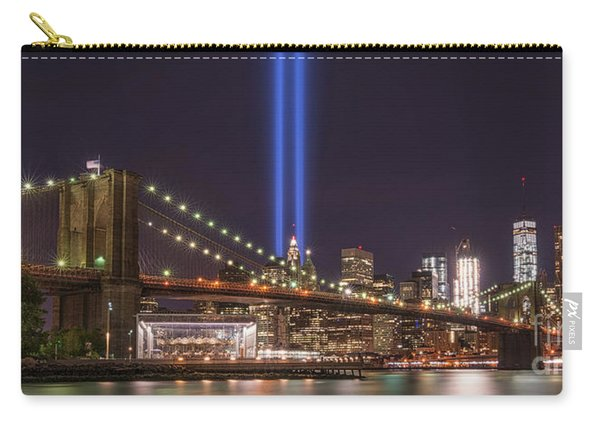 Brooklyn Bridge Tribute In Light Carry-all Pouch