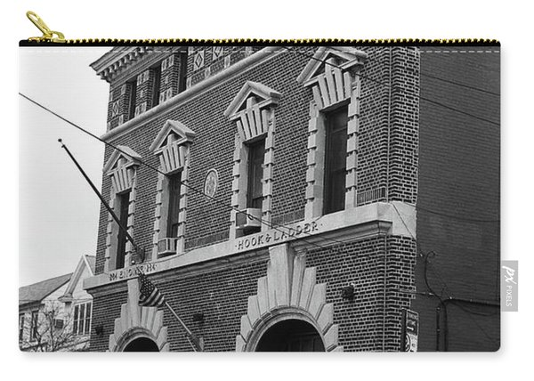 Brooklyn Firehouse Building 2001 Bw Carry-all Pouch