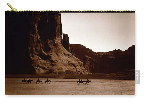 Canyon De Chelly 2c Navajo Carry-all Pouch