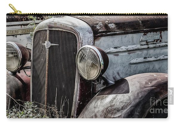 Chevy Grill IIi Carry-all Pouch