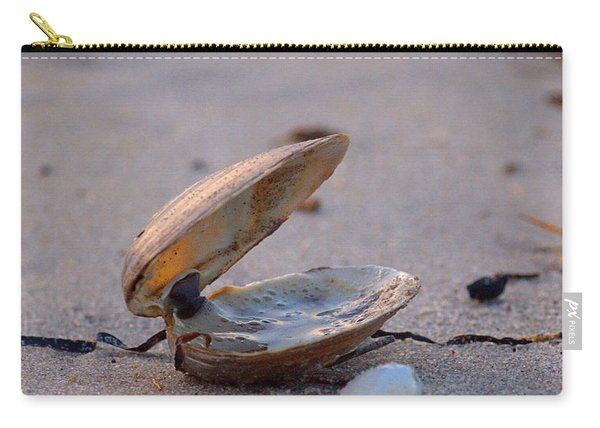 Clam I Carry-all Pouch