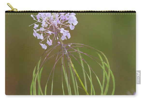 Clasping Warea Carry-all Pouch