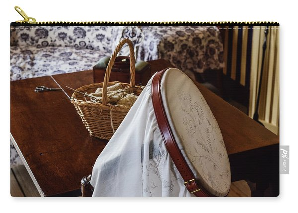 Colonial Needlework Carry-all Pouch