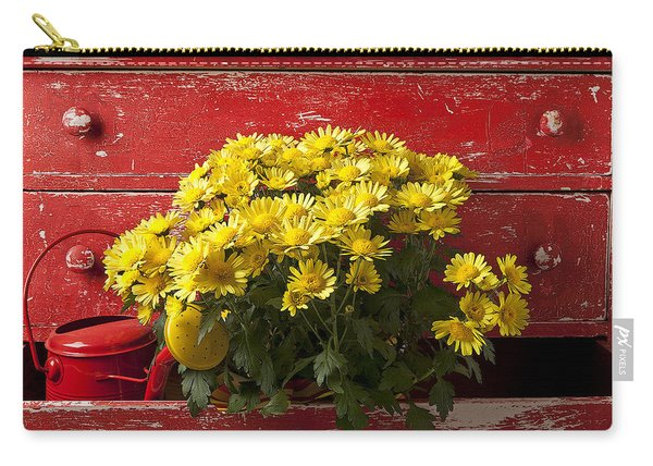 Daisy Plant In Drawers Carry-all Pouch
