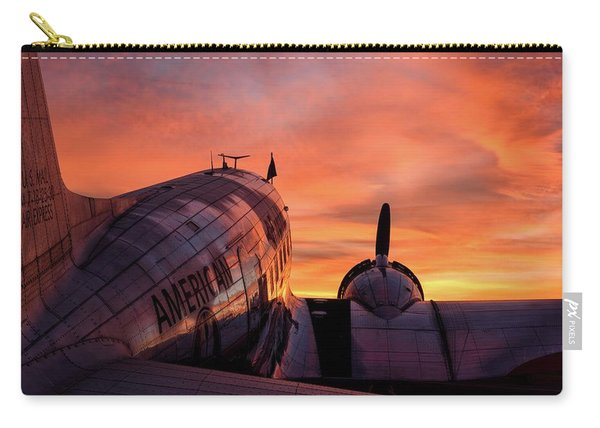 Dc-3 Dawn - 2017 Christopher Buff, Www.aviationbuff.com Carry-all Pouch