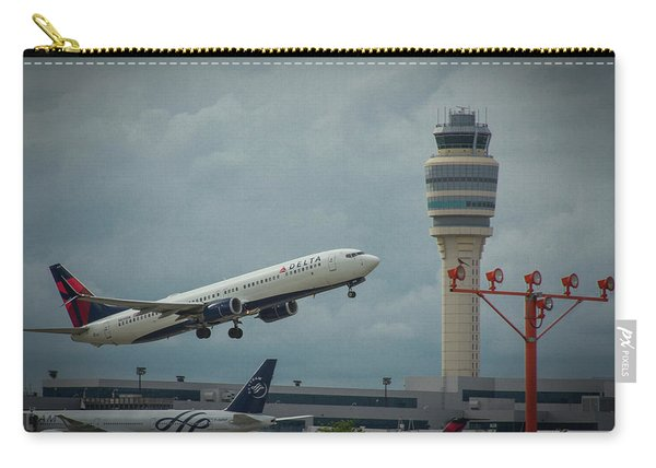 Delta Airlines Airplane N835dn Hartsfield Jackson Atlanta International Airport Art Carry-all Pouch