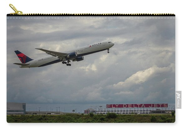 Delta Airlines Jet N836mh Hartsfield Jackson International Airport Art Carry-all Pouch
