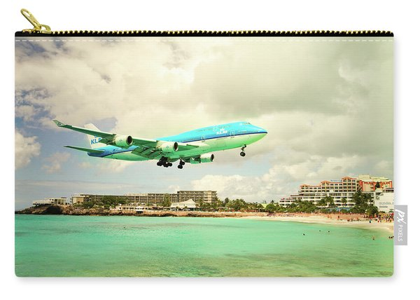 Dramatic Landing At St Maarten Carry-all Pouch