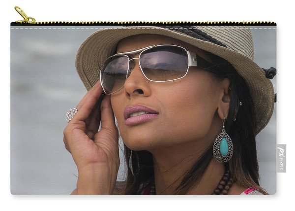 Elegant Beach Fashion Carry-all Pouch