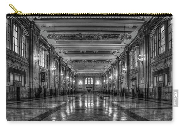 Frozen In Time B W Union Station Kansas City Missouri Art Carry-all Pouch