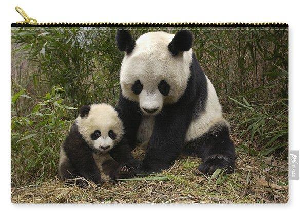 Giant Panda Ailuropoda Melanoleuca Carry-all Pouch