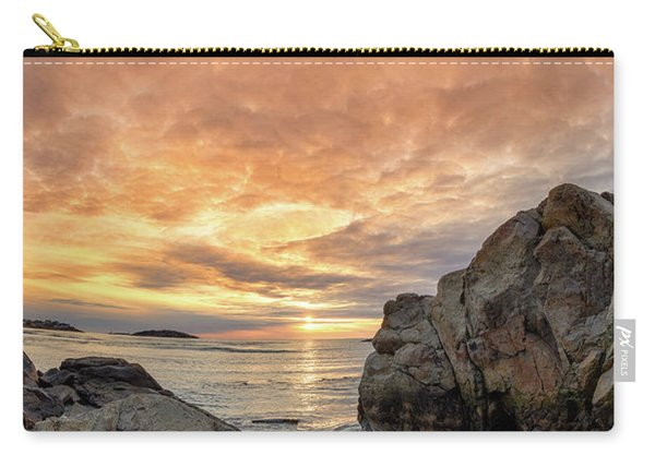 Good Harbor, Rock View Vertical Carry-all Pouch