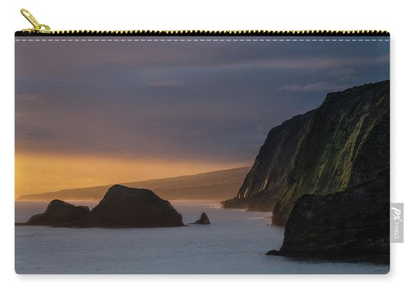 Hawaii Sunrise At The Pololu Valley Lookout Carry-all Pouch