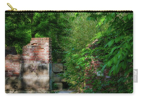 Hideaway Carry-all Pouch