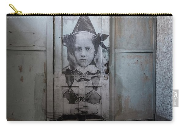 Carry-all Pouch featuring the photograph Jr On The Door by Tom Singleton