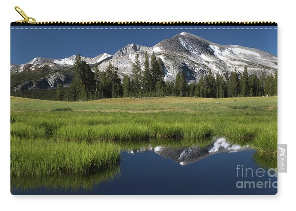 Kuna Crest Carry-all Pouch