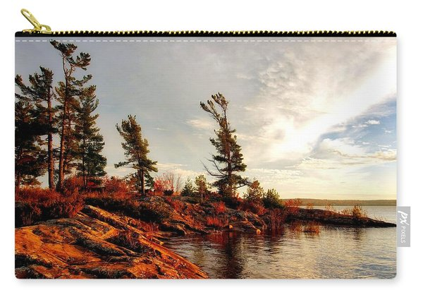Lakeshore Carry-all Pouch