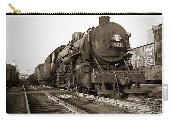 Lehigh Valley Steam Locomotive 431 At Wilkes Barre Pa. 1940s Carry-all Pouch