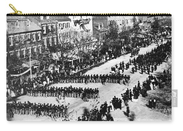 Lincolns Funeral Procession, 1865 Carry-all Pouch