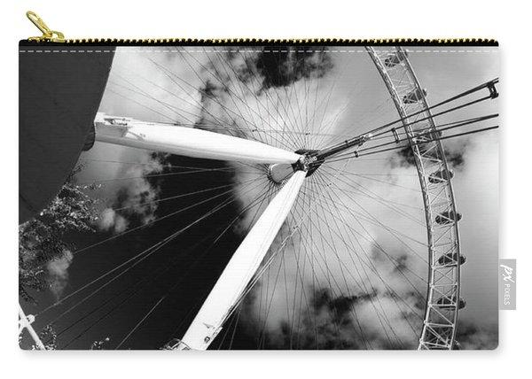 London Ferris Wheel Bw Carry-all Pouch