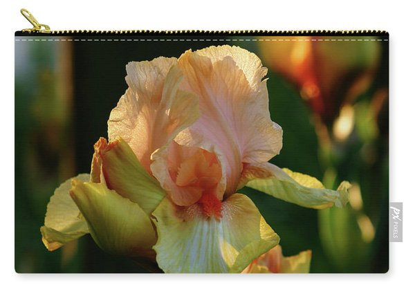 Luxurious Nature 6764 H_2 Carry-all Pouch